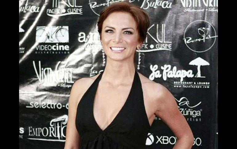 Renace La Mentira Con Silvia Navarro El Informador Noticias