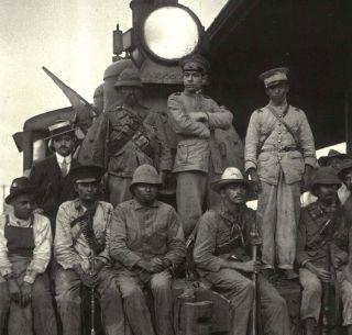 En Imágenes El Tren Como Figura De La Revolución El