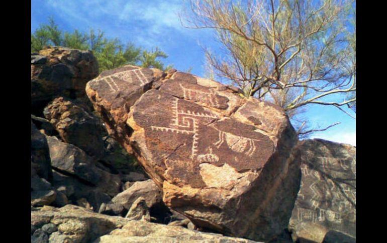 Caborca la zona m s grande de petroglifos de am rica for La proveedora de fontaneria