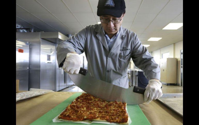 Ejército de EU desarrolla pizza que dure años sin echarse a perder