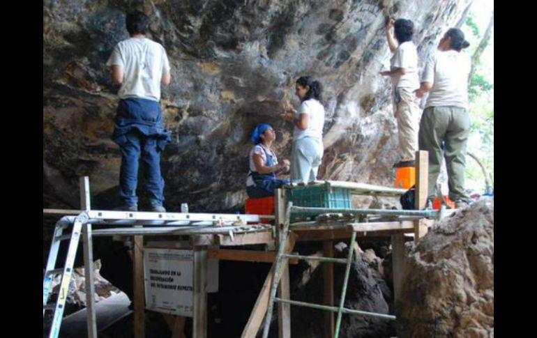 Resultado de imagen de restauracion arte rupestre