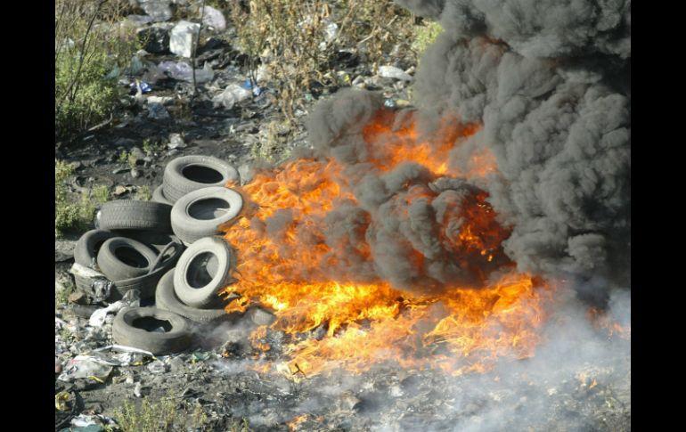 La quema de llantas, principal factor de contaminación