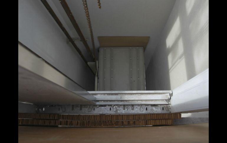 Resultado de imagen para IMAGEN ascensor descompuesto