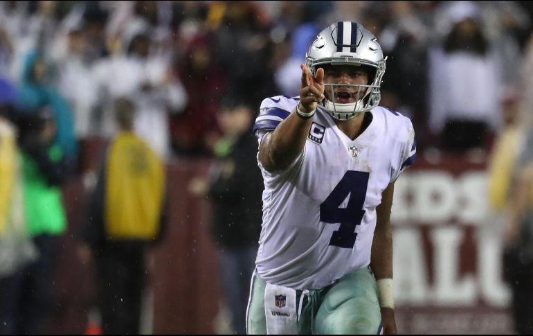 Suspenden a jugador de Dallas Cowboys por violencia doméstica — Ezekiel Elliott