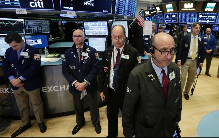 Wall Street abre estable; inversionistas, atentos al sector tecnológico