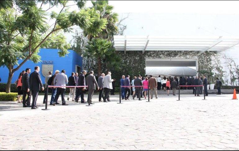 El IPADE fue fundado en 1967 por empresarios; se enfoca en el perfeccionamiento de las habilidades directivas de la comunidad empresarial. FACEBOOK / IPADE Business School sede Guadalajara