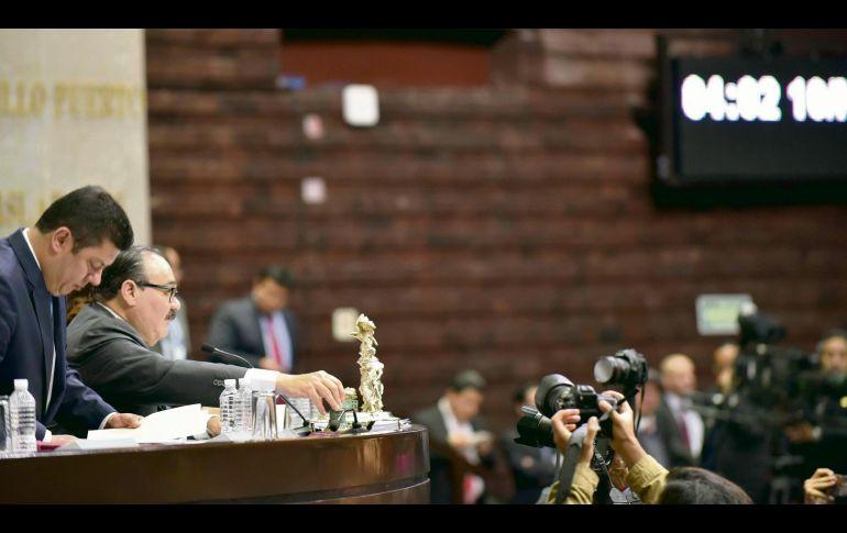 Sesión. Los diputados durante la aprobación presupuestal. ESPECIAL