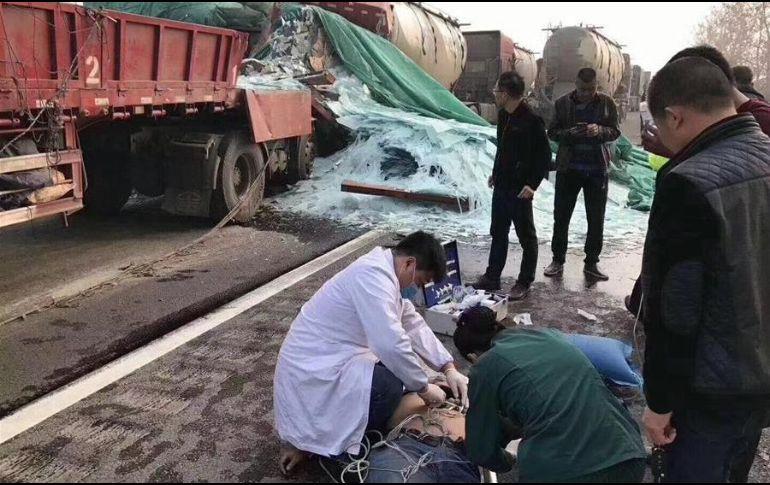 Aparatoso accidente vial deja 18 muertos en China