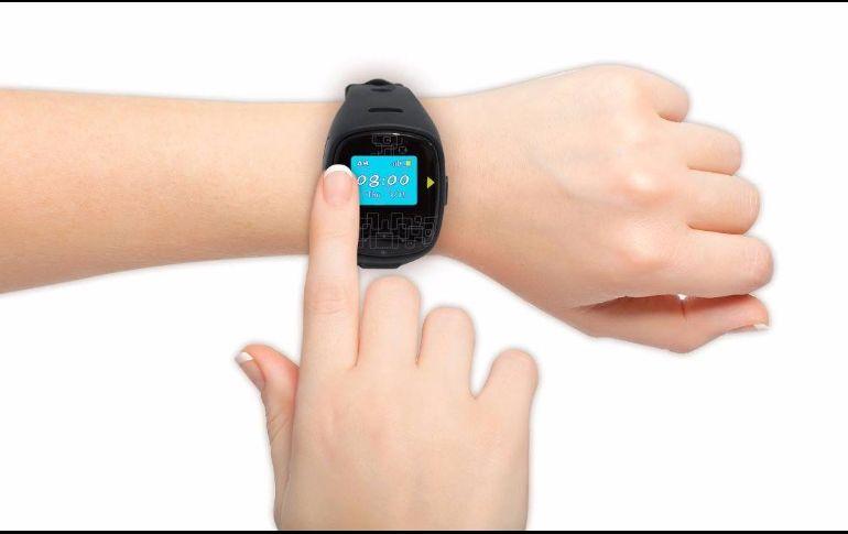 El reloj celular está disponible en 200 puntos de venta y tiendas en línea.  FACEBOOK fa9c2a3a271