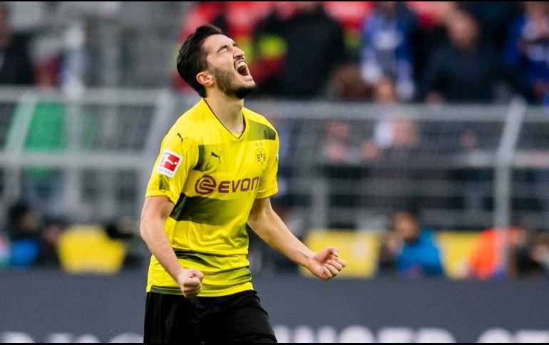 Schalke remonta y empata al Dortmund en la Bundesliga