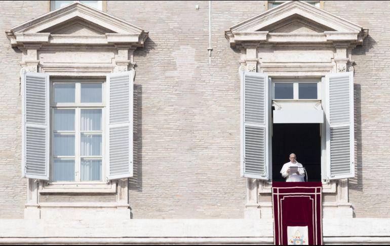 El Papa saludó a 16 rohinyás y les pidió 'perdón'