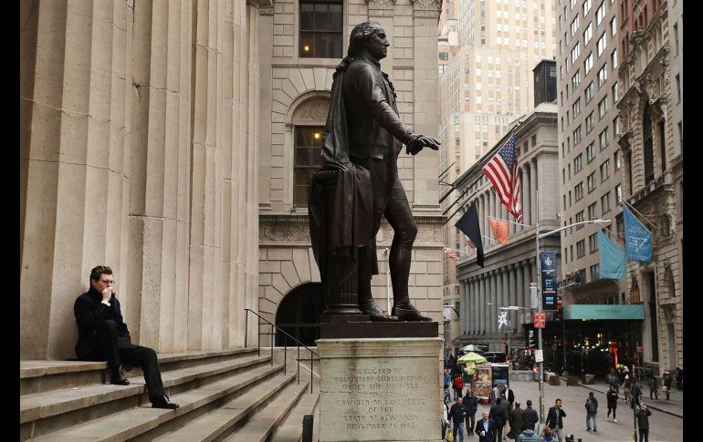 En lo que va de año el Dow Jones se ha anotado 64 récords al cierre hoy terminó con un retroceso del 0.16 %. EL INFORMADOR ARCHIVO