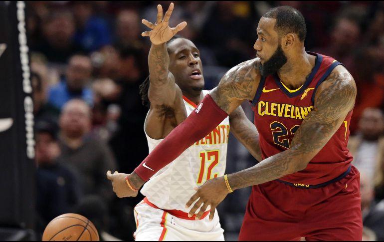 Lakers caen ante los Cavaliers