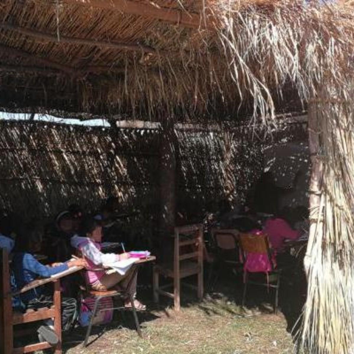 Reanudan clases en aulas de carrizo en San Mateo del Mar, Oaxaca ...