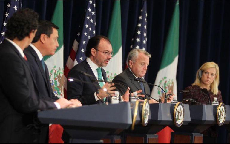 México y EU presentan avances del combate al narcotráfico