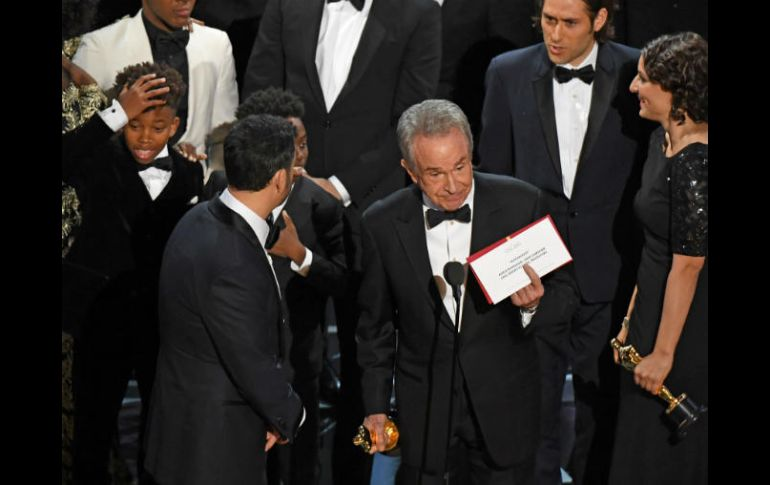 Un gran error nubla el final de los Oscar; 'Moonlight' triunfa