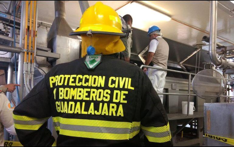 En Guadalaja muere mujer que intentaba limpiar máquina procesadora de alimentos