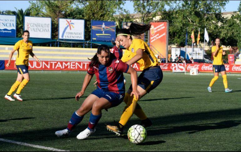 Charlyn Corral, autora del mejor gol de la Liga Femenil española