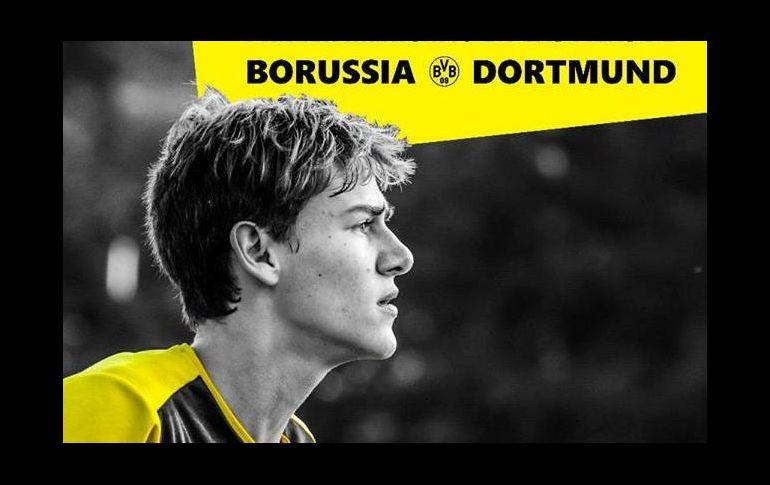 Llega mexicano al Borussia Dortmund