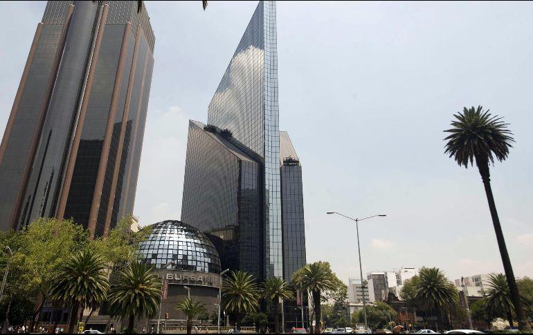 Bolsa Mexicana cierra con ganancia de 0.49%