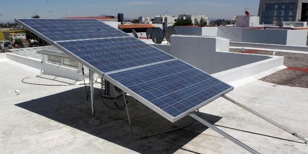 Diputados apuestan por paneles solares en hogares