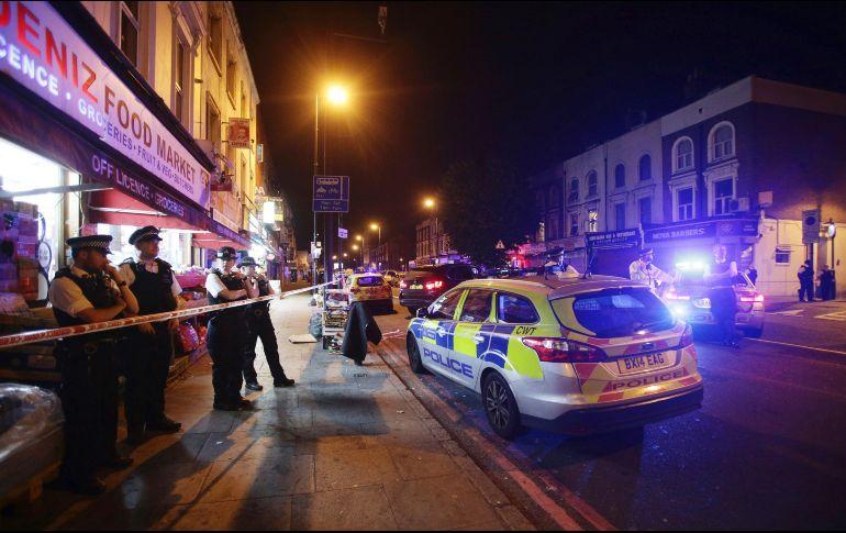 Evacúan a casi 1.500 personas por fuga de gas en Londres