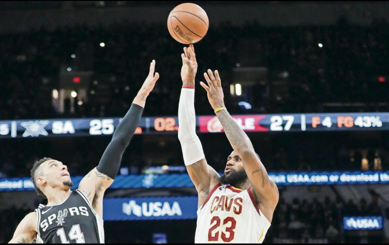 LeBron James llegó a 30 mil puntos en la NBA