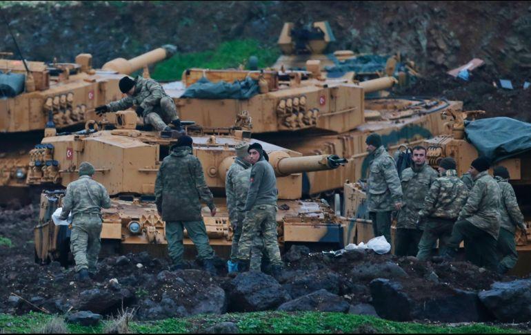 Detiene en Turquía a críticos de Erdogan