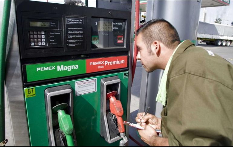 SHCP reconoce que seguirán aumentos a la gasolina — Cinismo