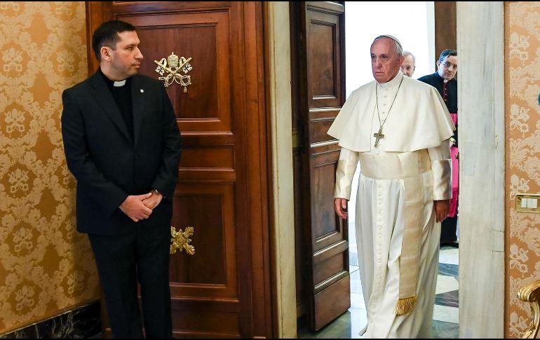 El Papa atribuye la falta de caridad a la avidez de dinero