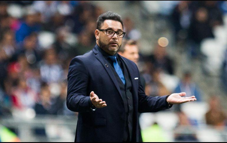 A Chivas podría ir, a Tigres no: Antonio Mohamed