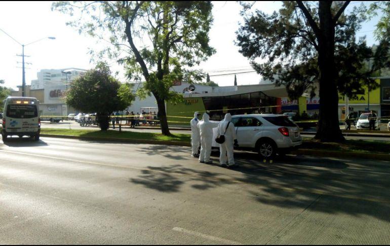 Matan a balazos a tres policías en la avenida Damián Carmona