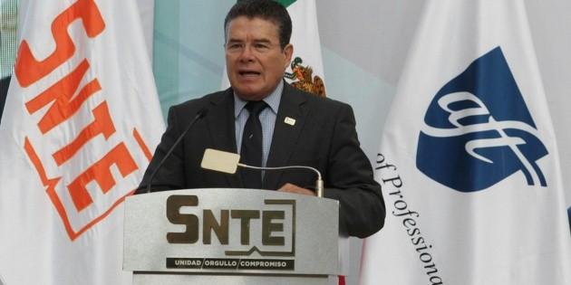 Juan Díaz de la Torre, nuevo presidente del SNTE