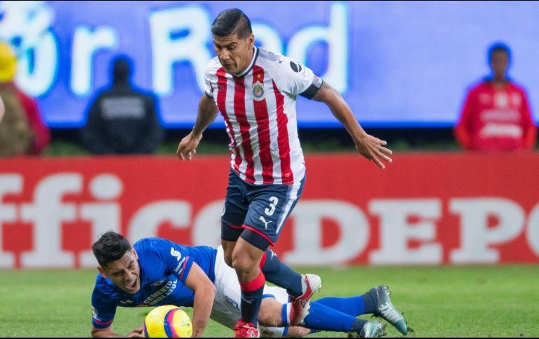 CHIVAS: Dos duras bajas para el partido vs Querétaro