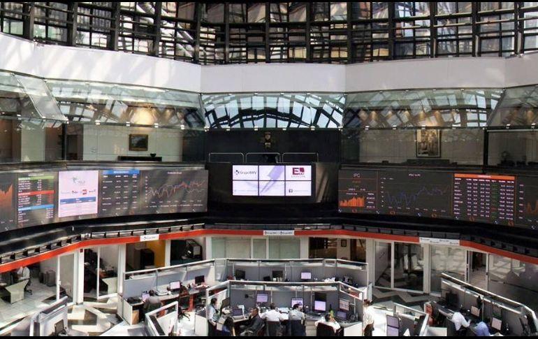 Bolsa Mexicana hila tres días al alza; gana 0.99%