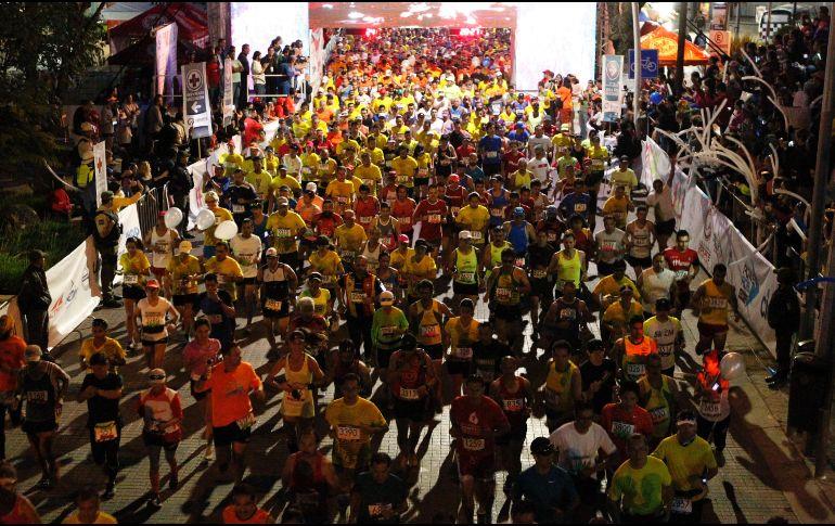 Medio Maratón de Guadalajara se celebra en medio de una fiesta