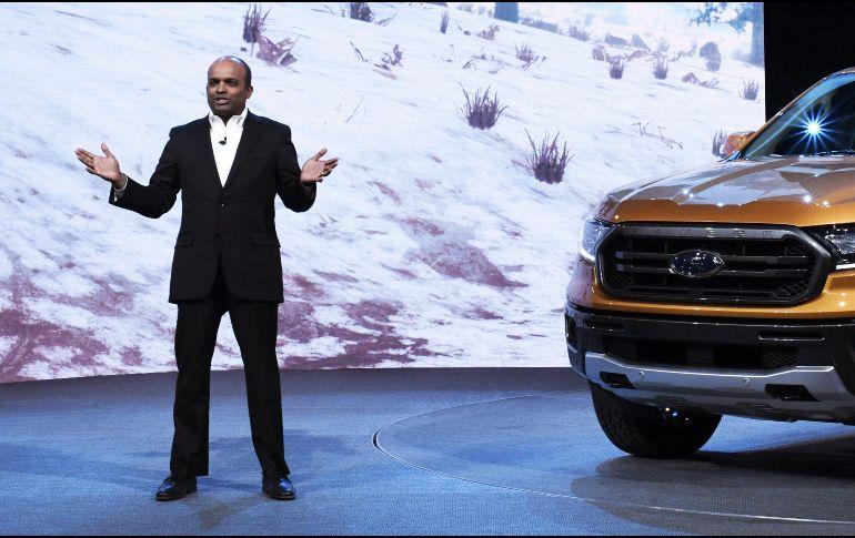 Ford despide a su presidente de Norteamérica por