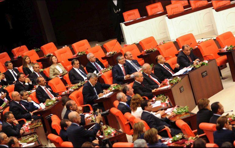 Más de 200 muertos en Afrín por operación turca
