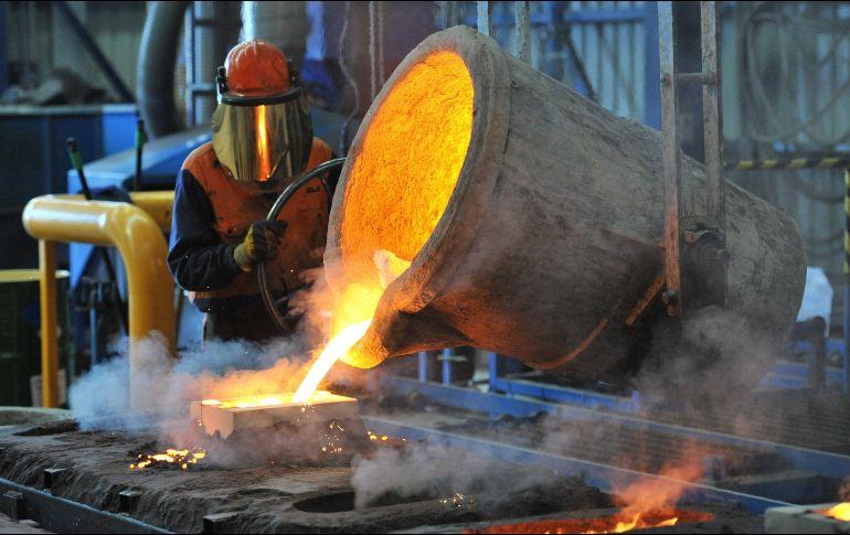 """De lograrse el TLCAN y quedaran excluidos México y Canadá, sería probable que se elevara """"modestamente"""" el nivel arancelario para el acero y aluminio en el resto de países. EFE / ARCHIVO"""