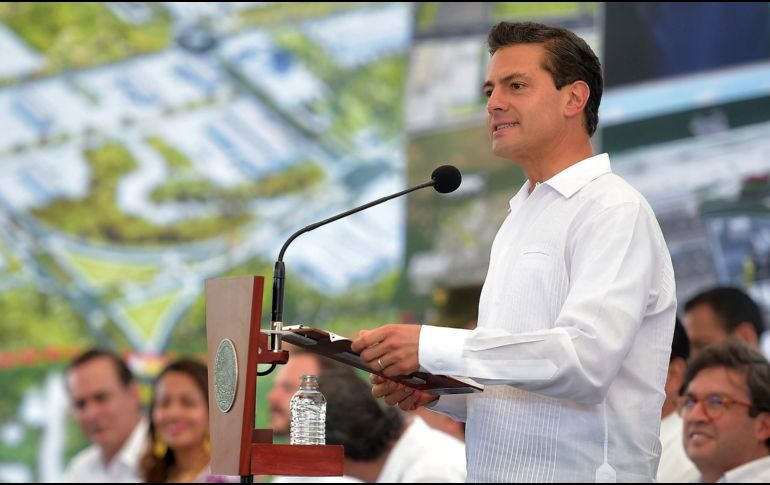 Promulga Enrique Peña Nieto la Ley Fintech