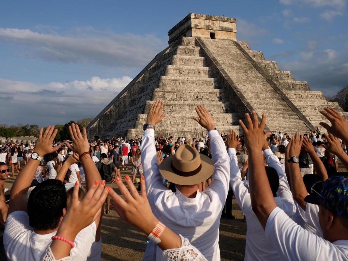 El equinoccio de primavera en Chichen Itzá es una actividad muy popular.