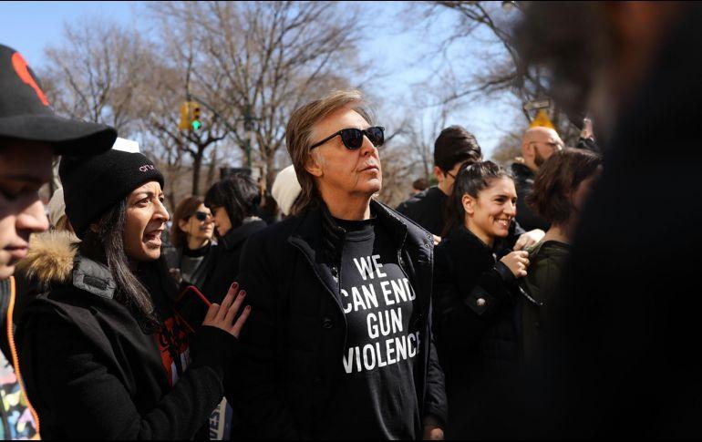 Paul McCartney recuerda a John Lennon en marcha antiarmas en NY