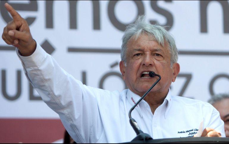 Ni 'gasolinazos' ni más impuestos, promete AMLO en Nuevo Laredo