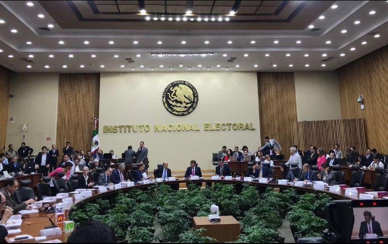 'El Bronco': Voluntad de mexicanos puede derribar los muros más altos