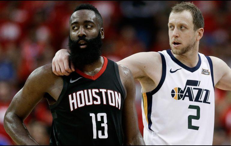 Rockets ganan con facilidad a los Jazz con pizarra 110-96