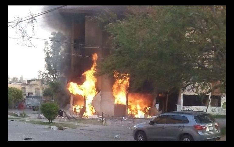 Explotó edificio por fuga de gas LP; hay 2 lesionados