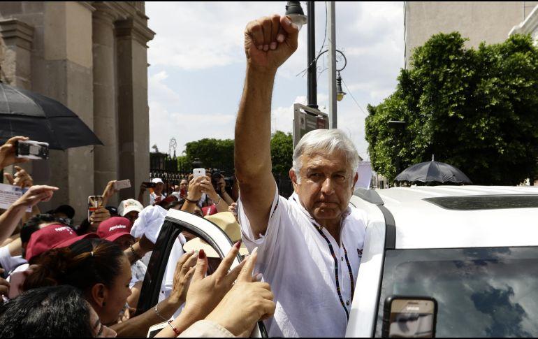 Andrés Manuel aseguró que  trabajará para que exista una democracia sindical en el gremio magisterial. NOTIMEX/A. Monroy