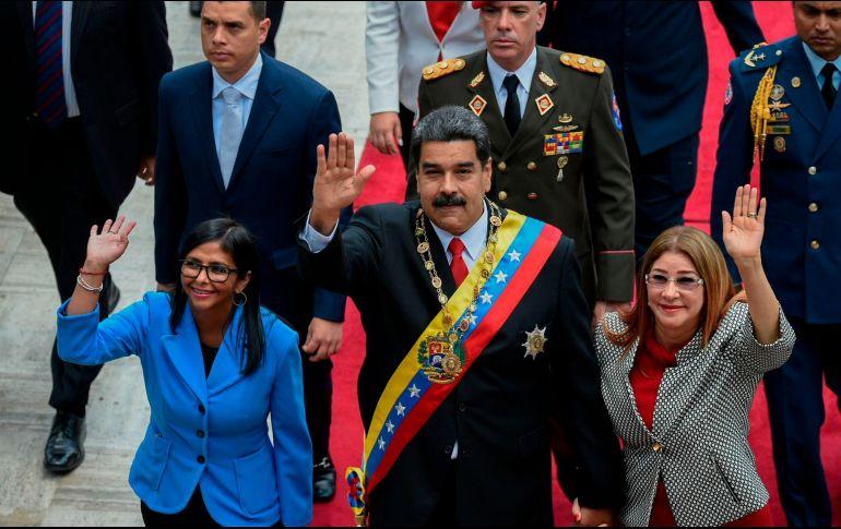 Maduro se juramenta ante la Asamblea Nacional Constituyente
