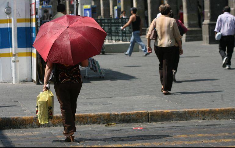Esperan disminución de lluvias y altas temperaturas por ola de calor