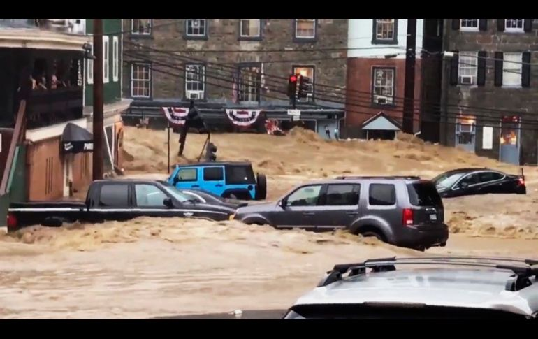 Fuertes lluvias dejan inundaciones en Ellicott City, en el estado de Maryland. AP/The Baltimore Sun/L. Solomon